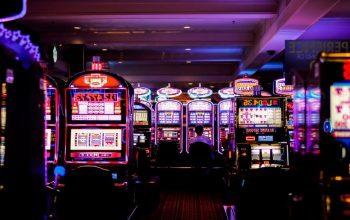 Situs Judi Slot Online Terbesar - Daftar Game Slot Uang Asli